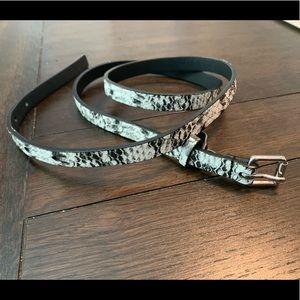 Skinny snakeskin belt